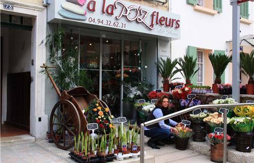 Six Fours Centre Ville Boutique