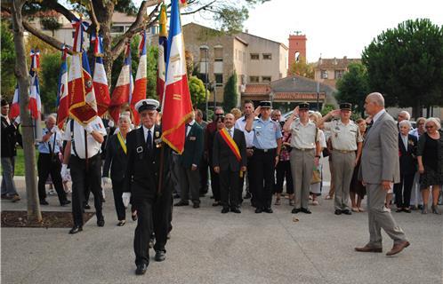 JOURNEE NATIONALE EN HOMMAGE AUX HARKIS 25 septembre 2013 Journee-nationale-d-hommage-aux-harkis-128831