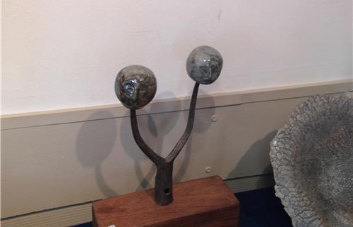 Six fours exposition l 39 artisanat le vrai - Quel outil pour retourner la terre ...