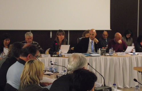 Patrica Aubert a fait lecture mercredi soir de la motion sur le projet LGV.