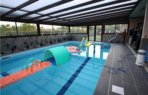 La piscine de sanary inaugure ses nouveaux quipements for Camping sanary sur mer avec piscine
