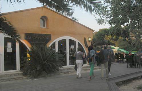 Sanary le restaurant la savane ouvre sa saison for Restaurant avec parc