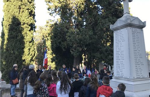 Ollioules, Commémoration : Les flammes de l'espoir avec le Souvenir Français - Ouest-Var.net