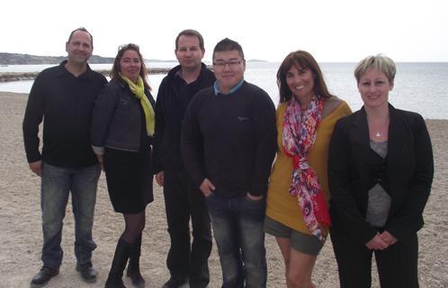 L'équipe d'autisme PACA avec Monica Zilbovicius (avec l'écharpe jaune).