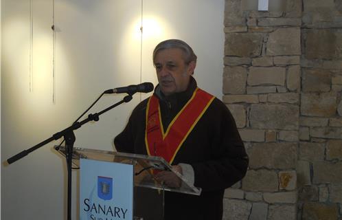 Sanary caritatif un fauteuil roulant pour l office du tourisme - Sanary office du tourisme ...