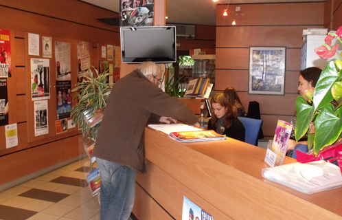 Sanary un office de tourisme 3 toiles - Office de tourisme britannique ...