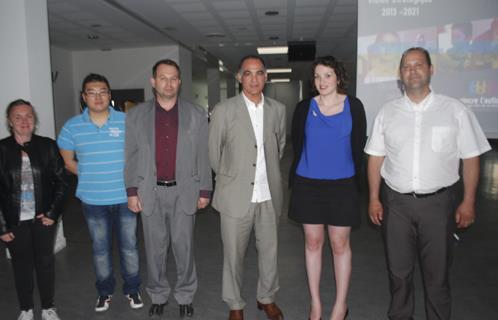 M'Hammed Sajidi et Jean-Marc Bonifay avec leur équipe.